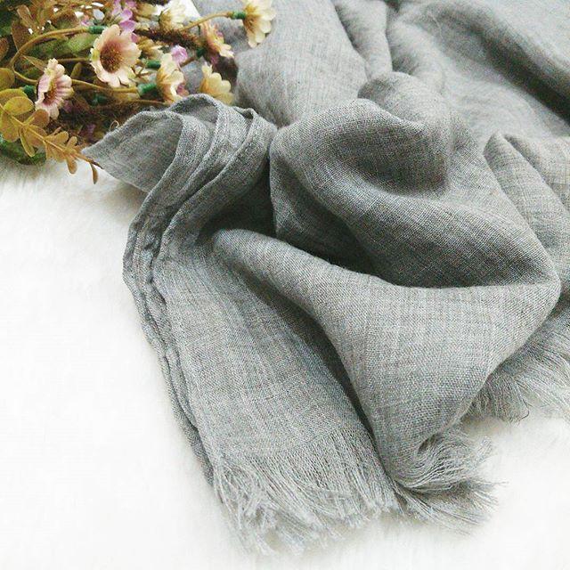 Hasil gambar untuk jilbab bahan katun