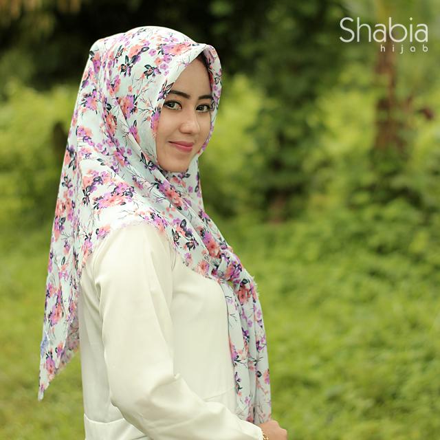 jilbab-kerudung-hijab-segi-empat-segiempat-rawis-naura-shabia-hijab